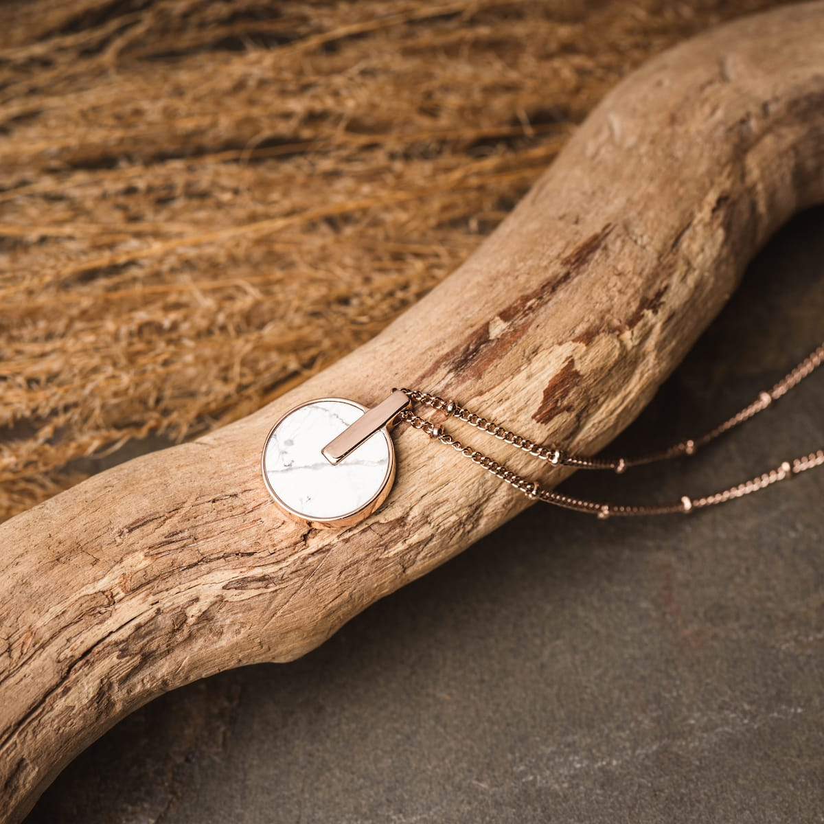 Opacity Halskette 65€