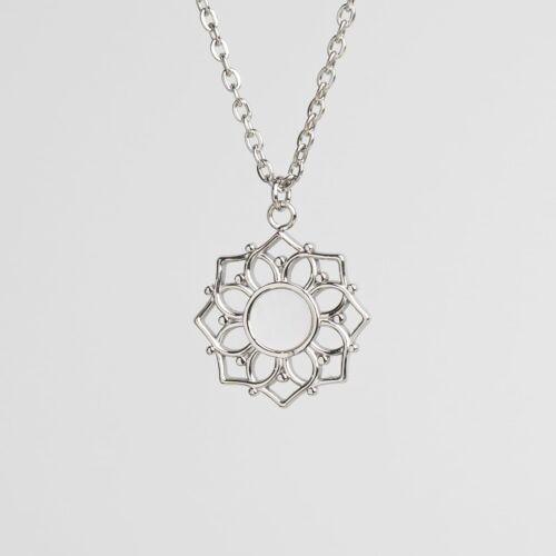 Composition Halskette (Weißes Perlmutt/Silber)