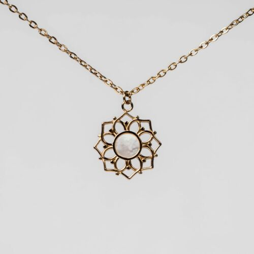 Composition Necklace (White Nacre/Gold)