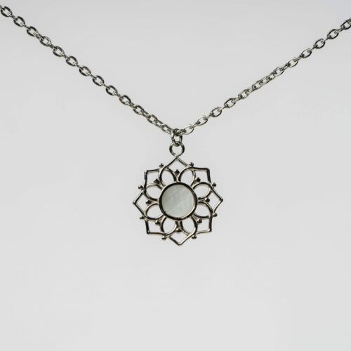Composition Necklace (White Nacre/Silver)