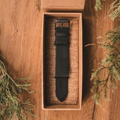 Cinturino in pelle da 22mm (Nero/Nero)