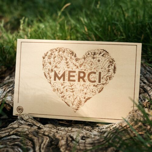 Carte de Vœux en Bois: Merci