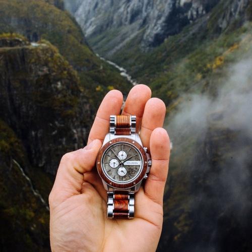 Tendances mode 2020: les montres en bois et pierre