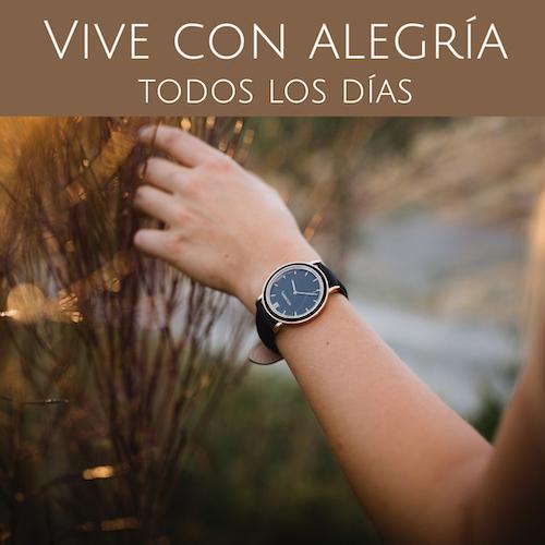 ¡Tu reloj de madera Holzkern como símbolo de un día feliz!