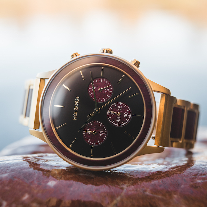 Rote Amaranth Uhren DE 2