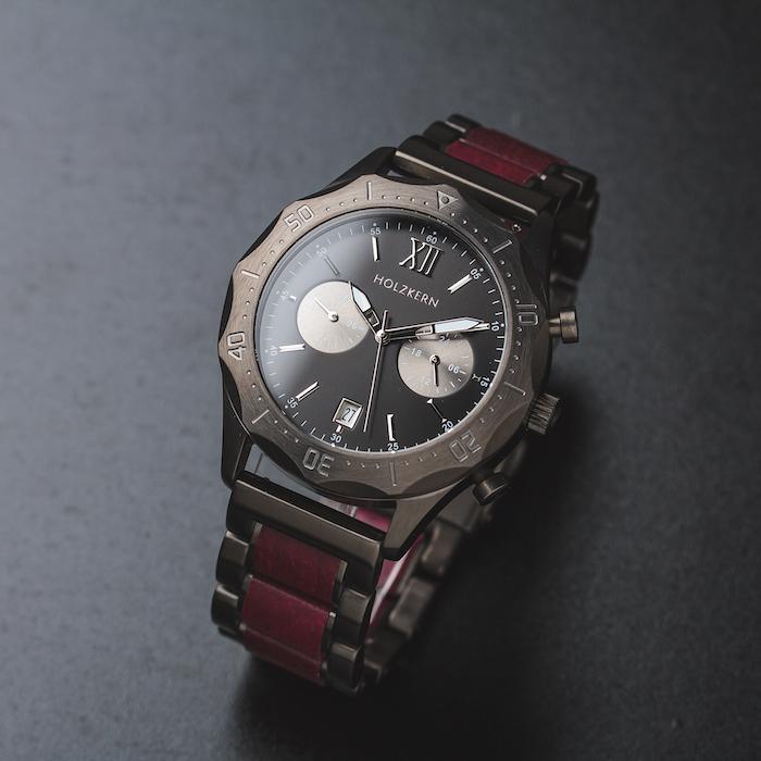 Rote Amaranth Uhren DE 3