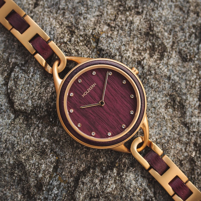 Rote Amaranth Uhren DE 5