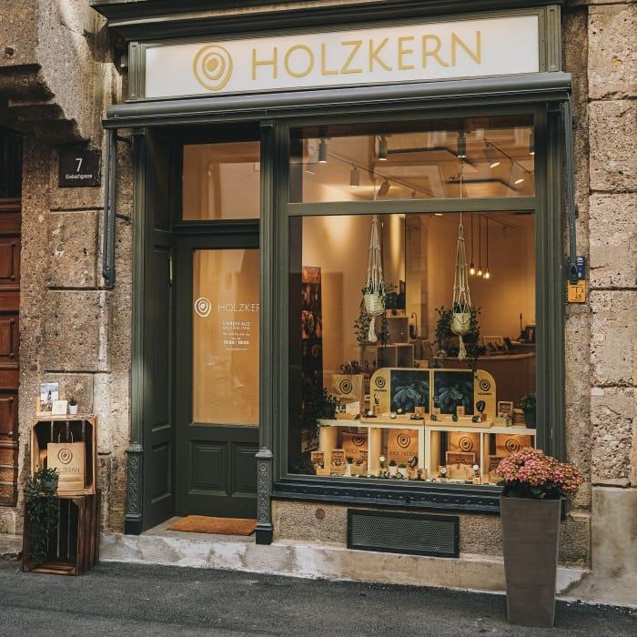 Holzkern Store Innsbruck Slider 1
