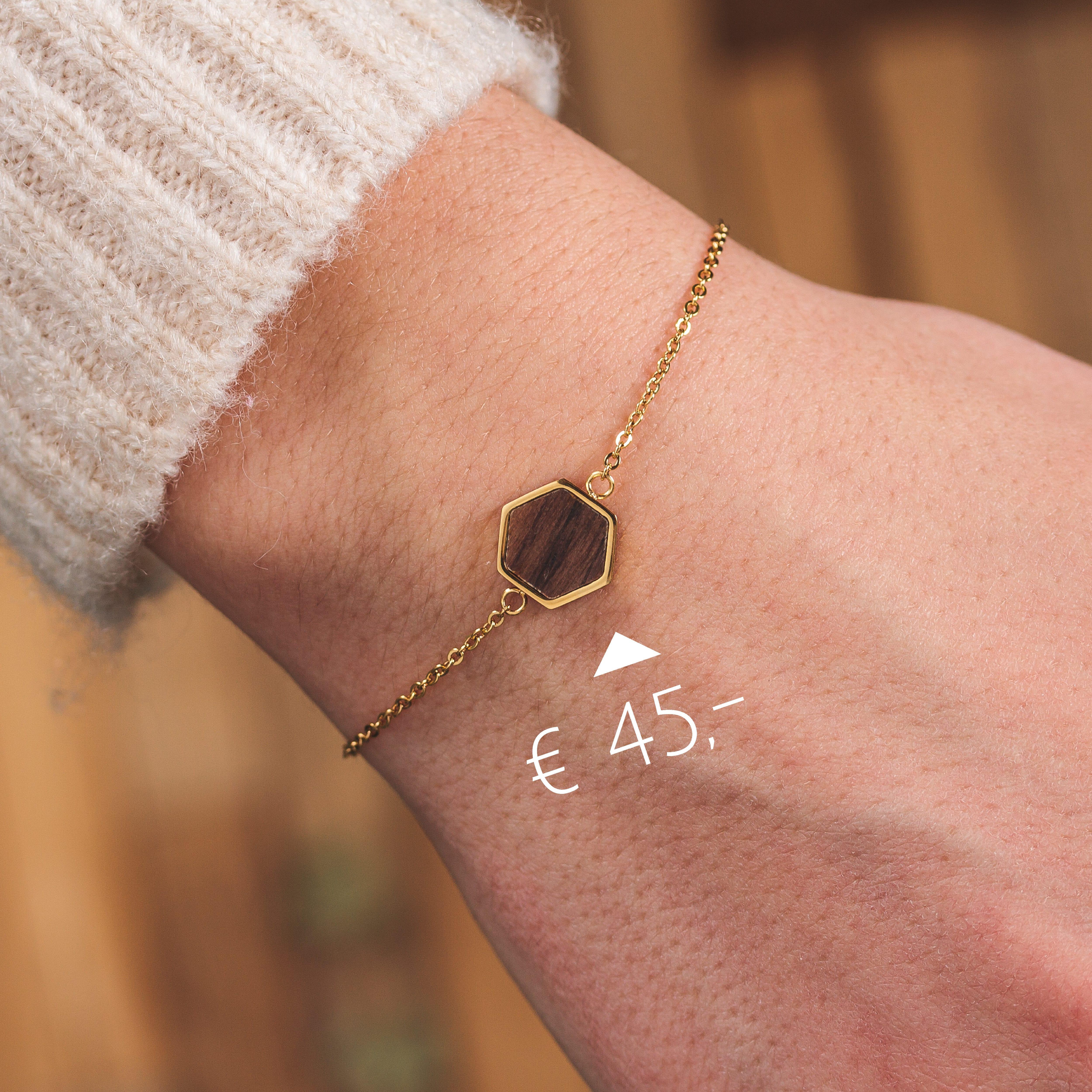 Bracelet Facade